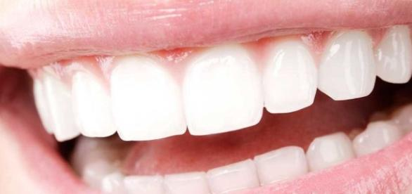 Perfect Your Smile: How To Get White Teeth - prima.co.uk