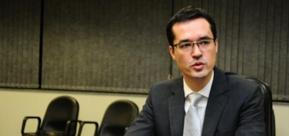 Procurador Deltan Dallagnol criticou a decisão do TSE de inocentar a chapa presidencial 'Dilma-Temer'