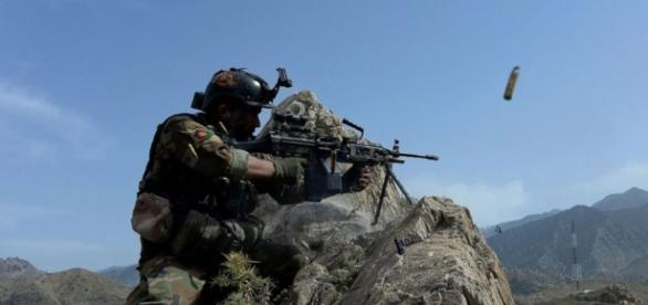 3 US soldiers killed in attack by Afghan soldier; Taliban claims ... - go.com