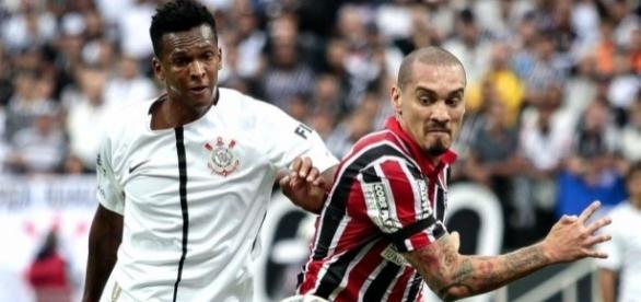 Corinthians defende liderança e Tricolor busca somar primeiros pontos fora de casa