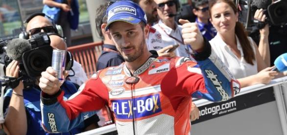 LIVE MotoGP Barcellona 2017: Dovizioso domina, Ducati-magia