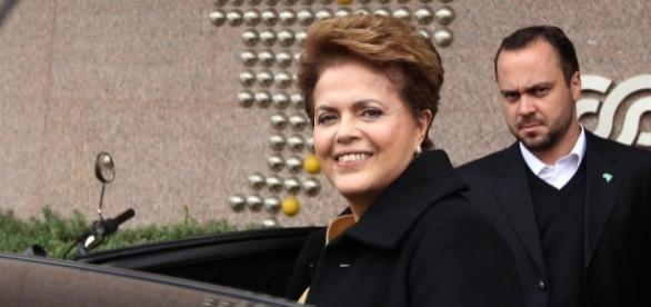 Ex-presidente Dilma e seu assessor especial