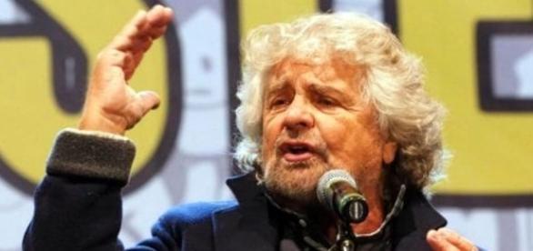 """Grillo prepara la campagna anti-Ue: """"Subito un referendum per ... - today.it"""