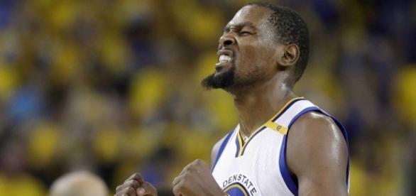 Kevin Durant foi o MVP da final da NBA