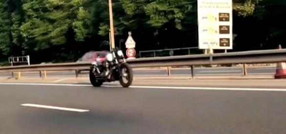 Photo screen capture from YouTube video / Monde de ouf