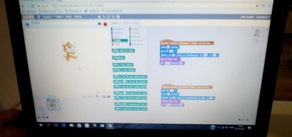 Programação em Scratch por bloco