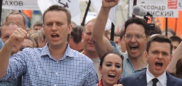 Bogomolov.PL Alexey Navalny, Anna Veduta and Ilya Yashin at Moscow rally CC BY-SA 3.0 via wiki