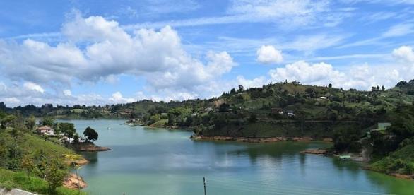 Colombia tourist boat sank - Creative Commons Attribution-Share Alike 4.0 International