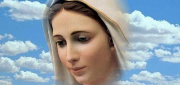 Existem vários relatos de aparições de Nossa Senhora
