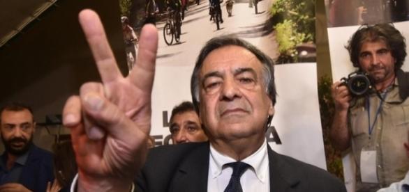 Leoluca Orlando si conferma sindaco di Palermo, sarà la sua quinta esperienza alla guida della città