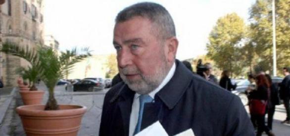 Mimmo Fazio, candidato più votato a Trapani al primo turno delle amministrative, lascia la competizione elettorale