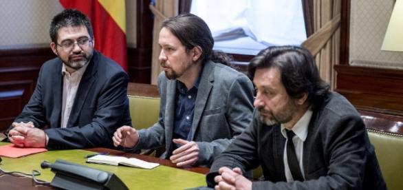 Pablo Iglesias y su partido presentan una Moción de Censura a Mariano Rajoy