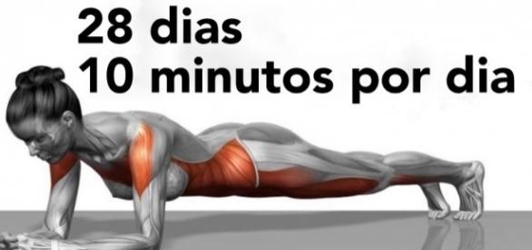 Apenas 10 minutos por dia: 5 exercícios que prometem transformar seu corpo