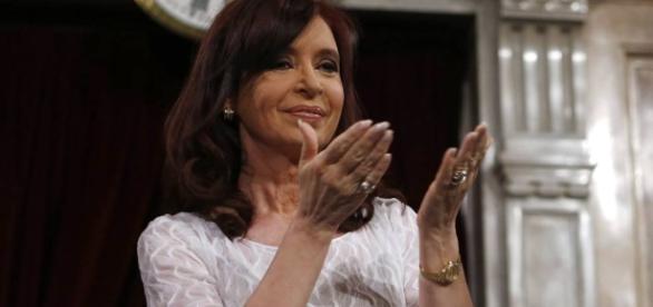 Cristina Kirchner quer concorrer a uma vaga no Senado argentino