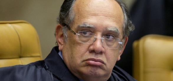 Gilmar Mendes tenta afeitar a bancada evangélica (Foto: Reprodução)