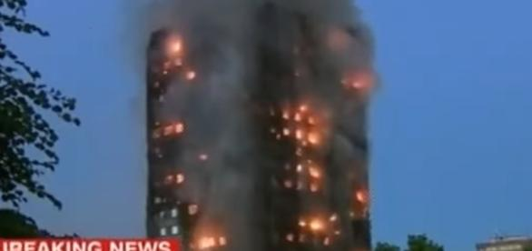 LONDON MASSIVE BUILDING FIRE/ Screencap USNews Today via Youtube