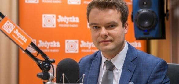 Rafal Bochenek, portavoce del governo, ribadisce la chiusura polacca sulla questione migranti