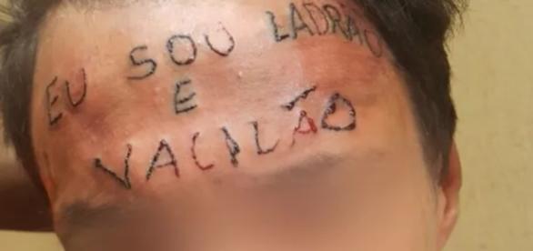 Rapaz do rosto tatuado - Google