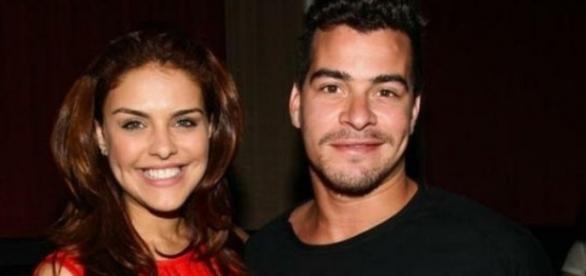 Atores Paloma Bernardi e Thiago Martins se separam