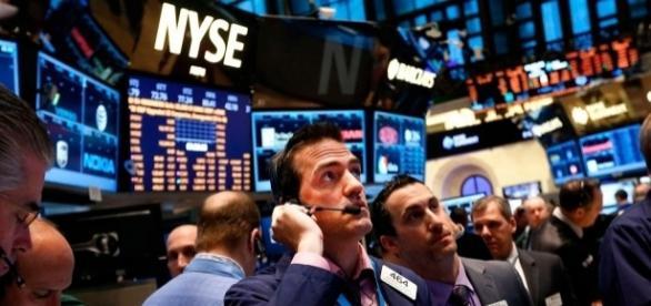 Bolsa de Valores de Nova Yorque inicia com operações em baixa | Foto: INFO7 - info7.mx