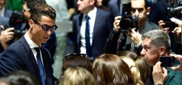 Cristiano Ronaldo é acusado de sonegar R$ 29 milhões - globo.com