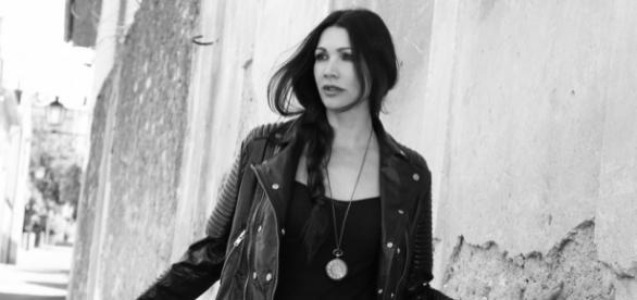 """Luisa Corna nel video di """"Angolo Di Cielo"""", nuovo singolo 2017"""