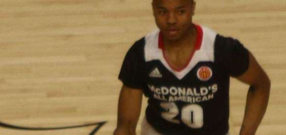 NBA Draft Markelle Fultz - By TonyTheTiger (Own work) [CC BY-SA 4.0 (http://creativecommons.org/licenses/by-sa/4.0)], via Wikimedia Commons