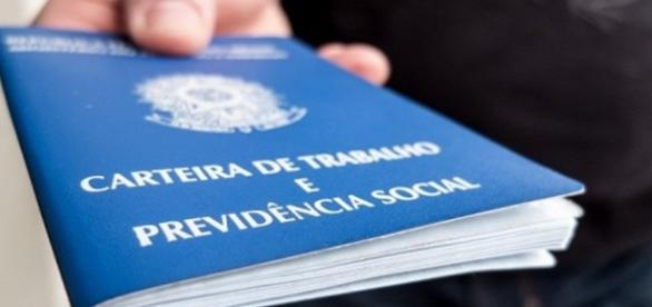 Número de desempregados cresce no Brasil. ( Foto: Reprodução)