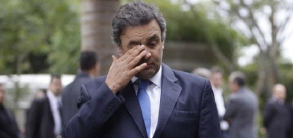 O jornalista Ricardo Noblat revela que, desde que vieram à tona as gravações feitas pelo empresário Joesley Batista, Aécio Neves tem sofrido