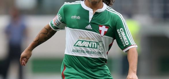 Valdivia já está em conversas bastante adiantadas para retornar ao futebol da América do Sul. ( Foto: Reprodução)