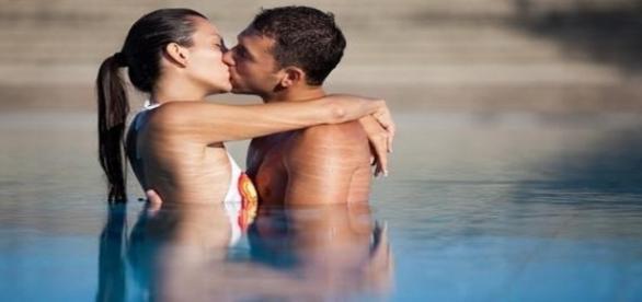 É importante reconhecer e valorizar as atitudes do nosso parceiro para manter o equilíbrio do relacionamento. ( Foto: Reprodução)