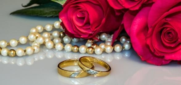Beautiful gifts for your Taurus Lady. Photo CCO Public Domain via Pixabay