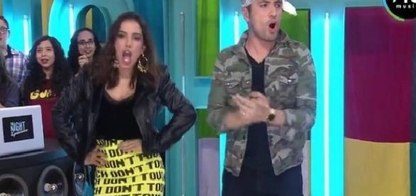 Anitta no programa Tunight no México (Foto: Reprodução)