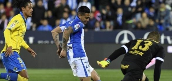 Luciano em ação com a camisa do Leganés