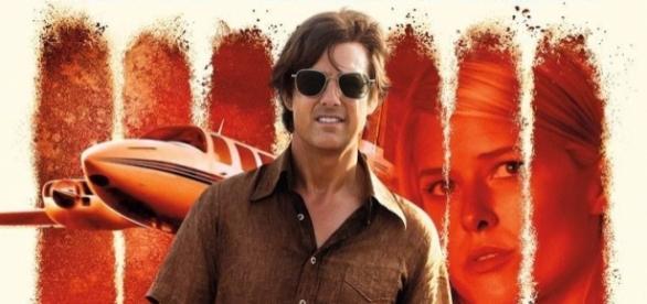 Tom Cruise como Barry Seal, en 'American Made' (via impawards.com)