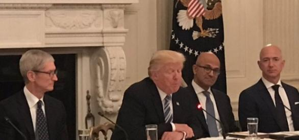 President Trump with Tim Cook and Jeff Bezos at White House meeting -Twitter/@MarkSimoneNY