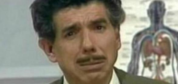 Televisão | O Professor Girafales de Chaves morre aos 82 anos ... - com.br