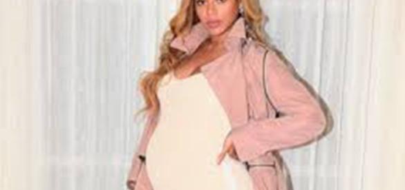 Beyoncé dá à luz gêmeos, que permanecem internados (Foto: Reprodução)