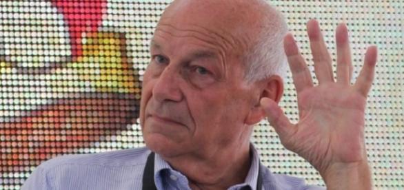 Fausto Bertinotti parla a 'Un giorno da pecora'