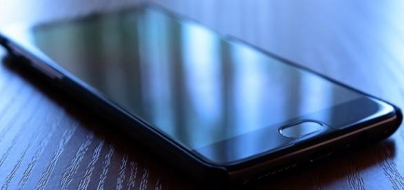 The OnePlus 3T has inferior features than the OnePlus 5/Photo via Răzvan Băltărețu, Flickr