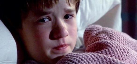 Depois de 18 anos, o ator de 'O Sexto Sentido' está muito diferente. ( Foto: Reprodução)