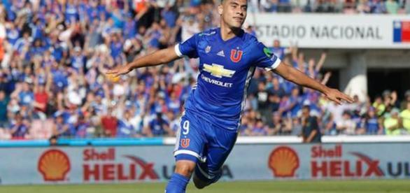 Felipe Mora actual jugador de univerdad de chile