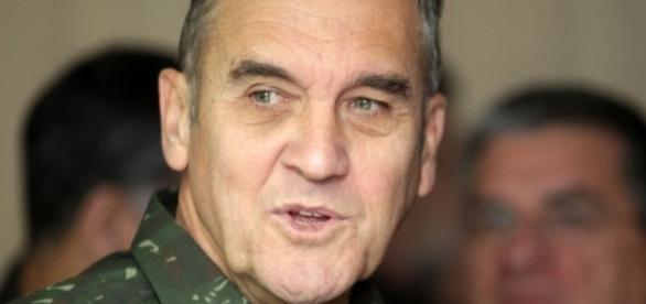 General Villas Boas é o comandante-geral do Exército brasileiro.