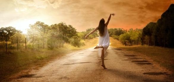 Quando você descobre o lado bom de estar só, todos os relacionamentos mudam para melhor. (Reprodução/Internet)