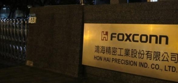 Foxconn will invest $10 billion in its US plant/Photo Via Ken Marshall, Flickr