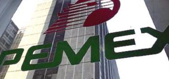 Sancionan a 7 empleados de Pemex con 49 Millones de pesos - animalpolitico.com