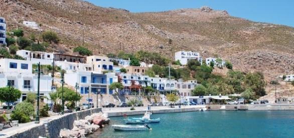 Ilha grega de Tilos no Egeu Oriental