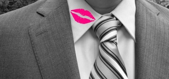 Alguns sinais indicam infidelidade (Foto: Reprodução)