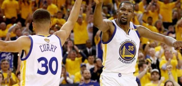 Curry y Durant han dominado las Finales (vía Sport Illustrated)