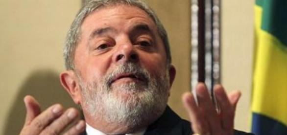 Ex-presidente da República, ex-sindicalista e ex-metalúrgico brasileiro